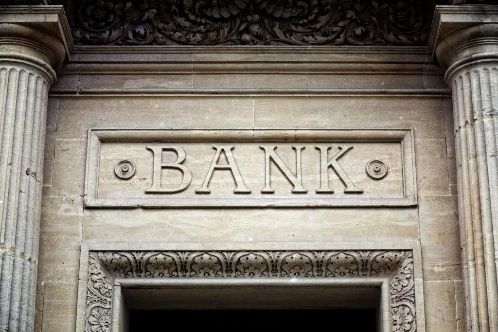 Deux banques suisses s'ouvrent aux entreprises travaillant dans les crypto-monnaies